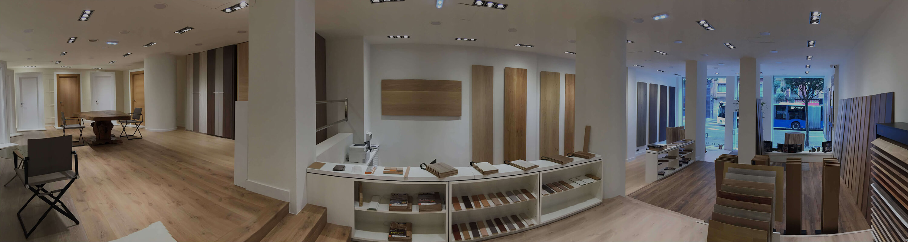 Vista interior showroom de Gallart en Oviedo